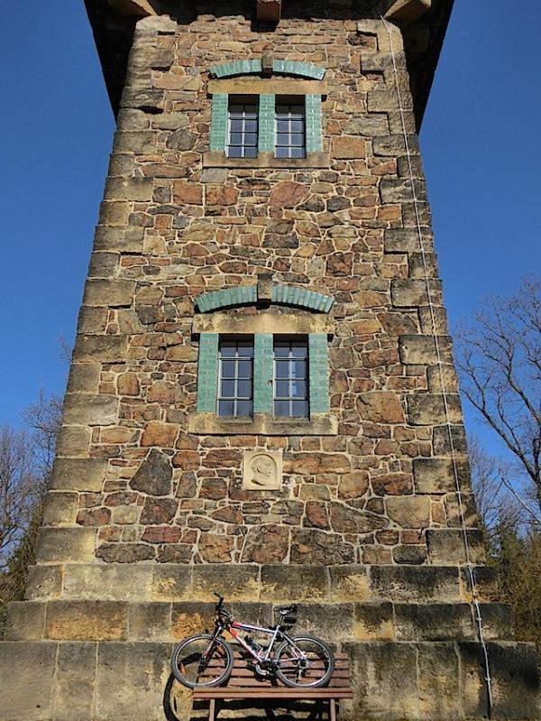 Bismarckturm_Berggiesshuebel