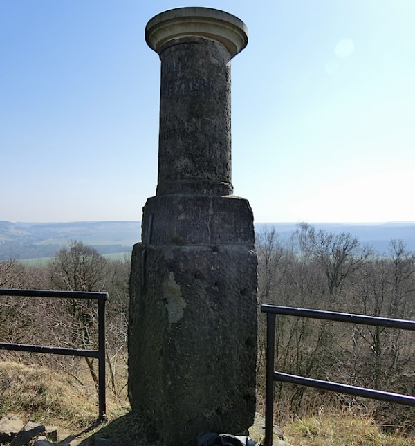 Triangulationssäule Cottaer Spitzberg